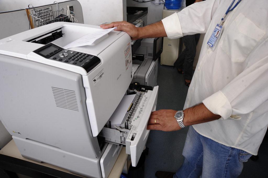 Impressora econômica: Descubra como escolher a ideal para sua empresa